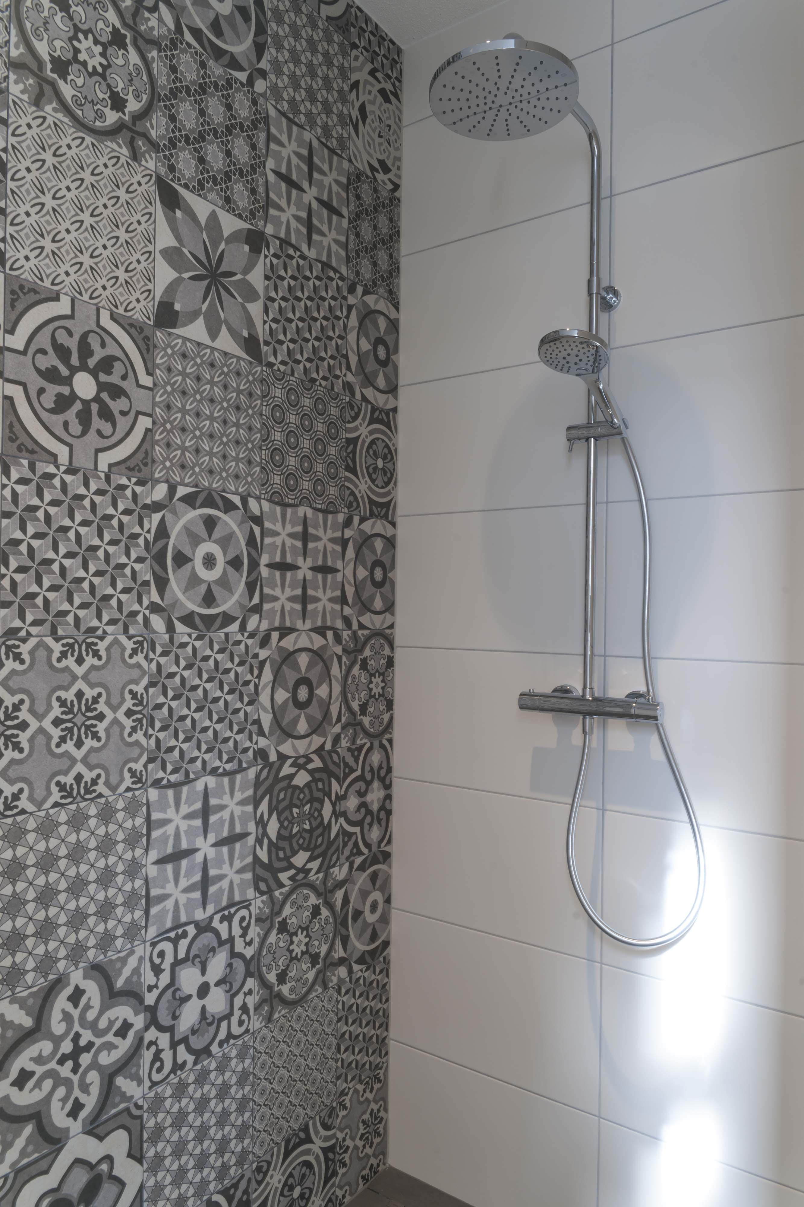 Beautiful Badkamers Zeeland Images - Moderne huis - clientstat.us